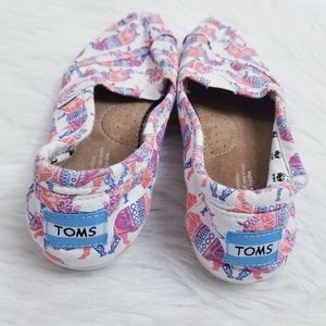 Toms Colorful Rhinoceros Print Slip on Flats